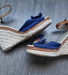 LOT - sandale + gratis ruksak