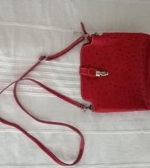Mala crvena kožna torbica