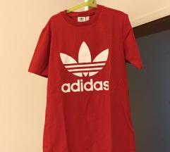 Adidas crvena majca