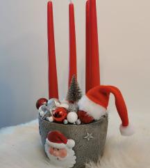 Djed Mraz adventski vijenac