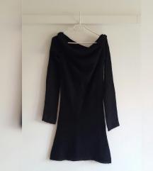 Benetton crna pletena haljina od vune, kao nova