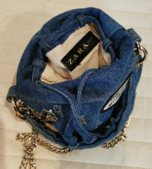Zara limited traper torbica sa bedzevima