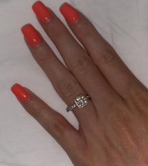 Pandora rose gold prsten