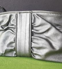 Mala tamno srebrna torbica