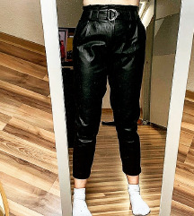 Crne Amisu kožne hlače 🖤
