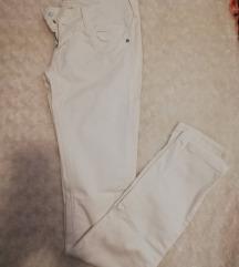 Bijele Bershka skinny jeans hlače low rise