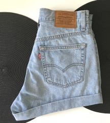 Levis mom jeans kratke XS (25)