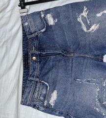 Zara poderane kratke hlače
