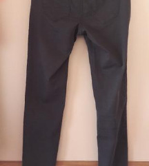 Naf naf crne hlače 36 nove