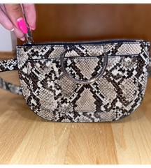 Zara zmijska torbica