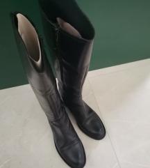 Visoke crne kožne čizme iz Gulivera