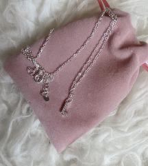 L slovo ogrlica