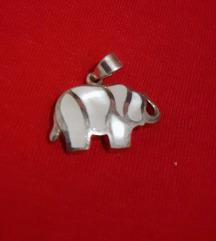 %%%%Privjesak slonić