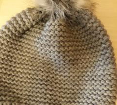 Siva zimska kapa