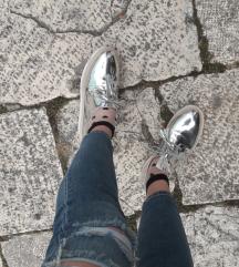 Stradivarius srebrne cipele