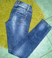 C & Z JEANS COLLECTION traperice