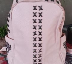 Novo puder roza ruksak