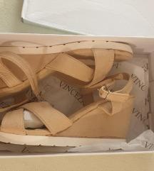 Nove wedge sandale