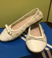 Bijele baletanke