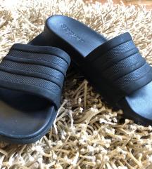 Crne Adidas Adilette natikače