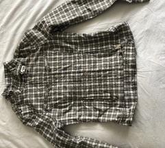 Amisu karirana jakna