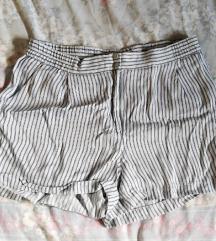 H&M široke prugaste kratke hlače
