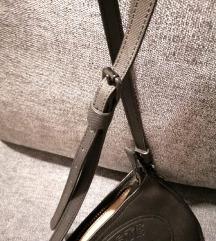 Lacoste mala crna torbica