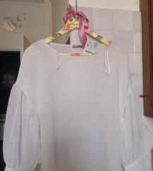 Zara bluza/majica s etiketom