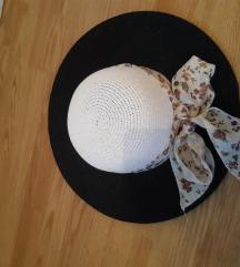 Predivan šešir NOVO!