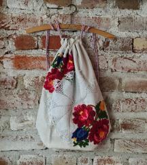 Novi etno floral ruksak