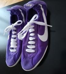 Nike tenisice 👟🧦