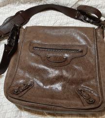 Smeđa messanger torba u Balenciaga stilu