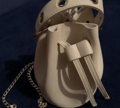NOVA BUCKET BAG