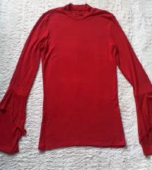 Crvena majica s retro rukavima