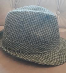 Sivo-crni (pepita) šešir