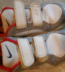 Nike 34