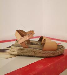Zara sandale 32