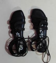 Gioseppo sandale rimljanke NOVO
