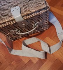 Pleteni piknik kofer