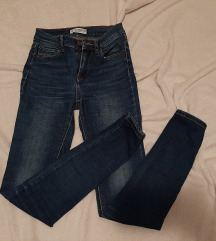 Pull and bear traperice 32