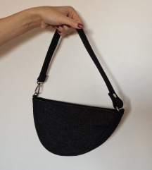 Bershka saddle bag mala torbica