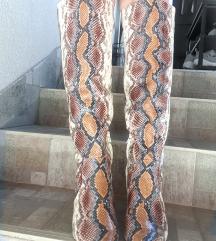 Kurt Geiger London čizme  zmijskog uzorka