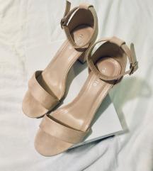 AKCIJA - nove nude block heel sandale!