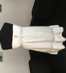 Bijela lepršava haljina