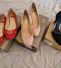8 pari cipela - 100 kn