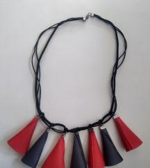 Ogrlica, ručni rad, SNIŽENO