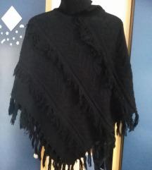 Crna pelerina uključena poštarina