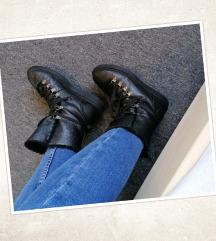 Crne čizme, PLANET OBUĆA, vel. 37