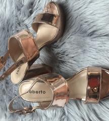 Nove sandale *SNIZENO*
