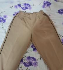 Nove bershka hlače